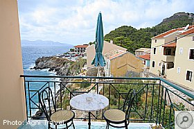 Assos Beach Apartments, Kefalonia, Agni Travel