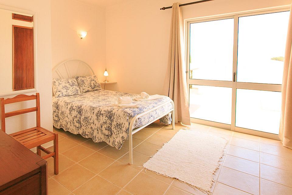 Villa Tinoco Algarve Villa Tinoco To Rent In Albufeira Sleeps 4 To 8 People Private Pool