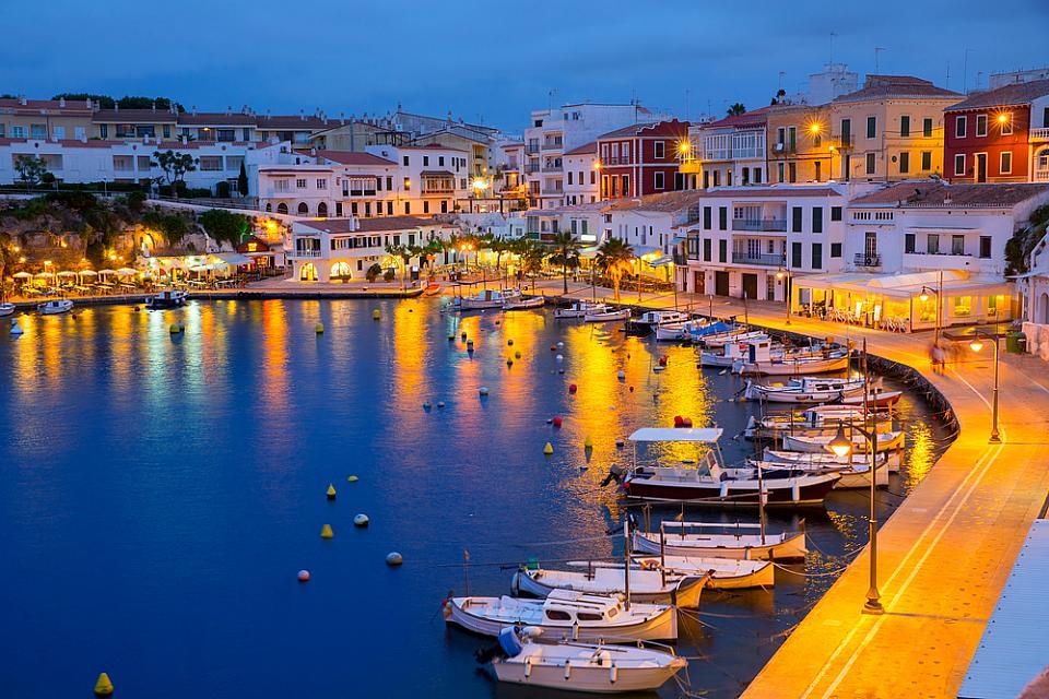 Mahon Menorca Agni Travel