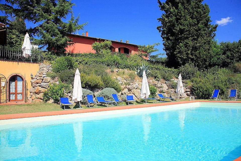 Casa Rossa Apartments With Pool To Rent In Certaldo San
