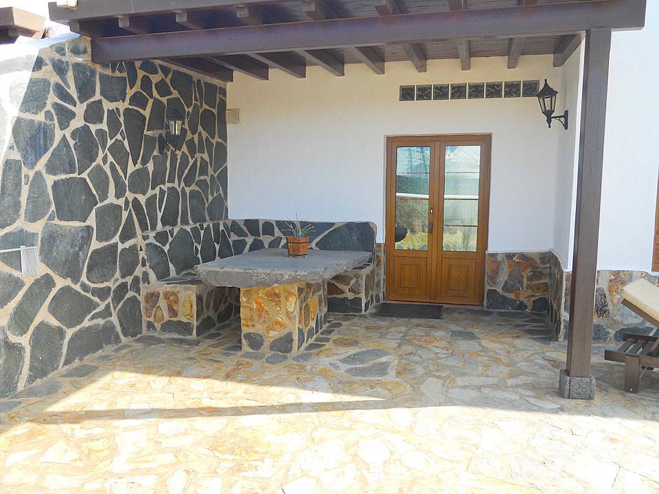 Villa rubicon marina lanzarote villa rubicon marina to for Rubicon garden rooms