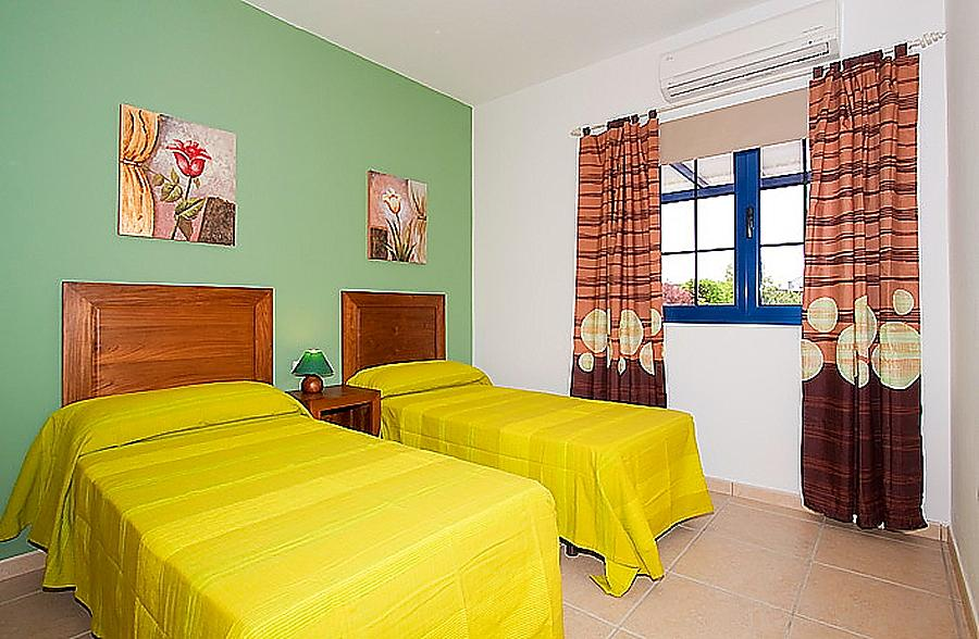 Villa Tamia Lanzarote Villa Tamia To Rent In Playa Blanca Sleeps 3 To 6 People Private Pool