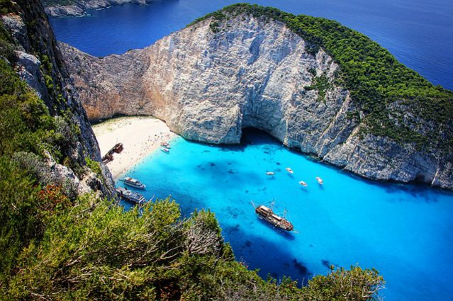 Diving in Zakynthos: Guide for Watersports Lovers