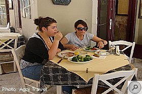Restaurant Vasso Fiscardo, Eating Drinking and Shopping in Fiscardo, Kefalonia Food and Drink, Kefalonia Travel Guide
