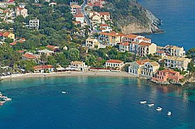 Beaches in Assos, ASSOS, Kefalonia Resort Guide, Kefalonia Travel Guide