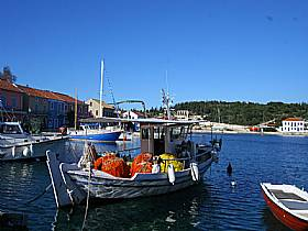 Poros Boats, POROS, Kefalonia Resort Guide, Kefalonia Travel Guide