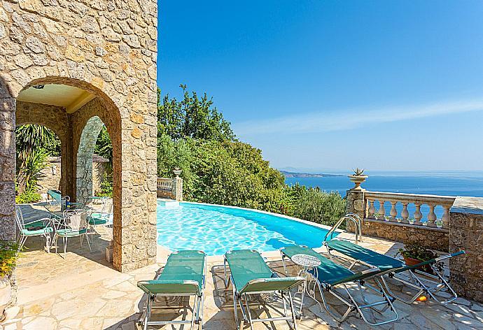 Villa Astarti