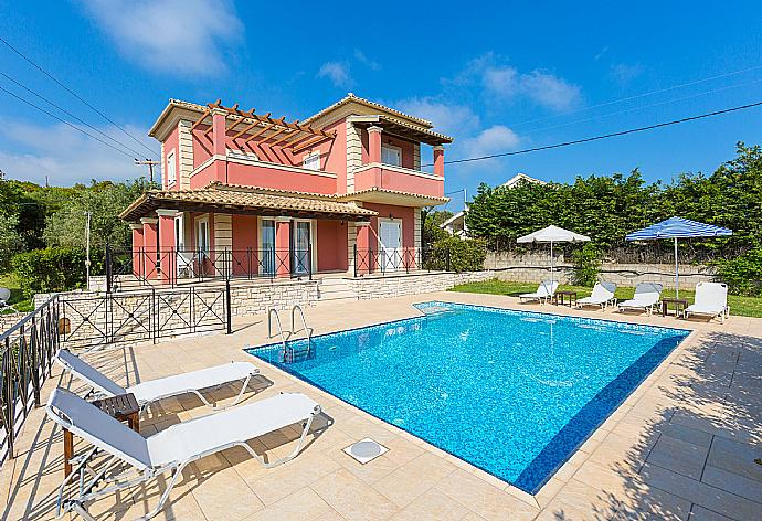 Review for Villa Eleni Agios Stephanos