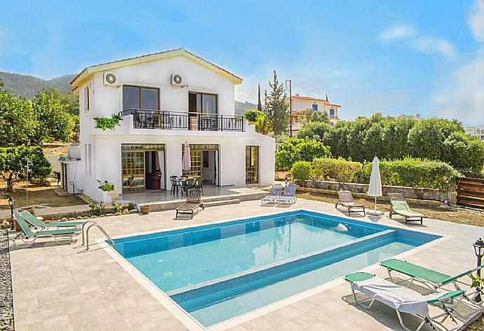 Review for Villa Adonis