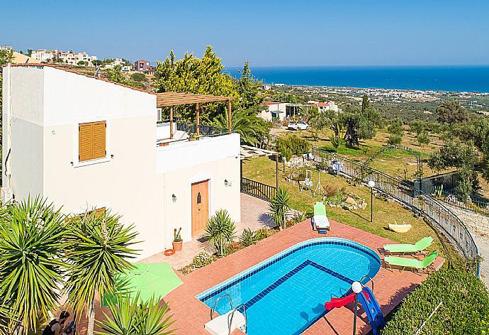 Review for Villa Michalis