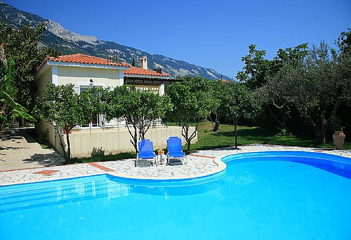 Review for Villa Russa Dionisis
