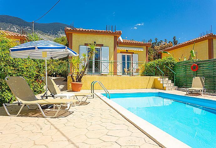 Villa Russa Alexandros