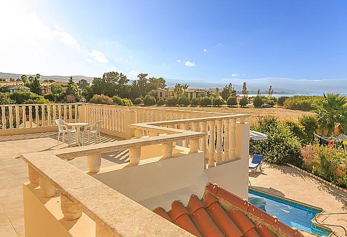 Hector Beach Villa