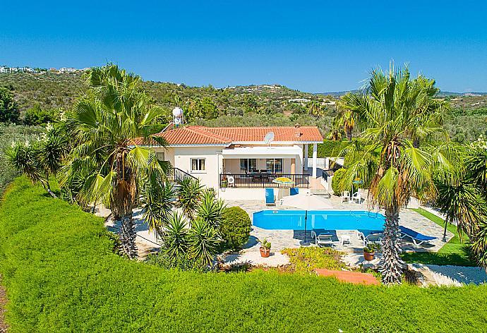 Villa Chrystalla