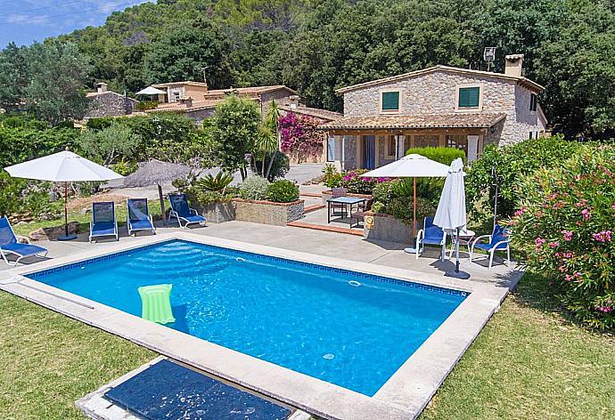 Review for Villa Cal Cristo