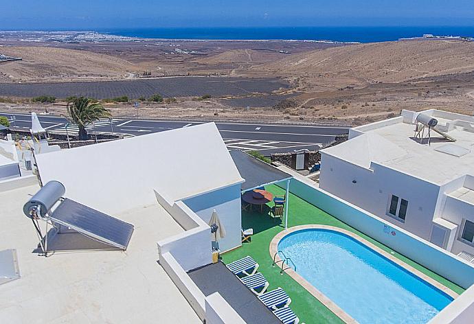 Villa Reyes