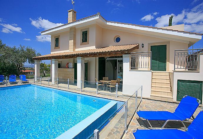 Review for Villa Rhodia