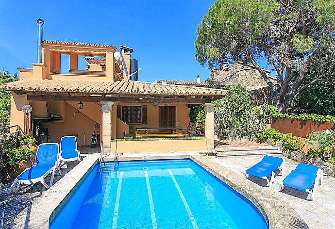 Review for Villa Ciutada