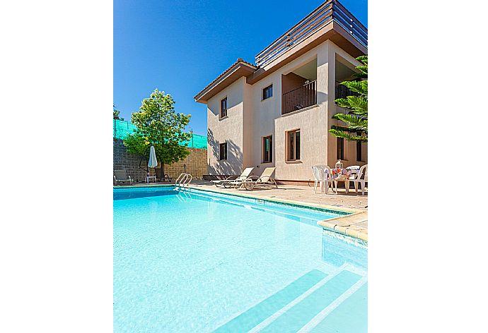 Villa Kinousa 2