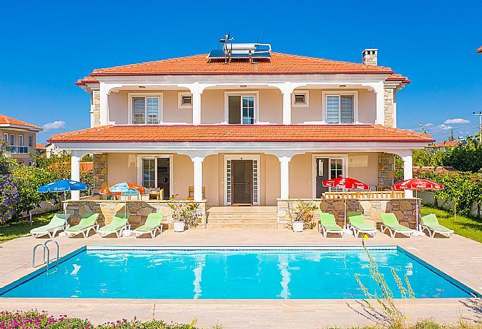 Villa Kubra