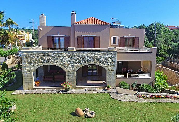 Iris Villa