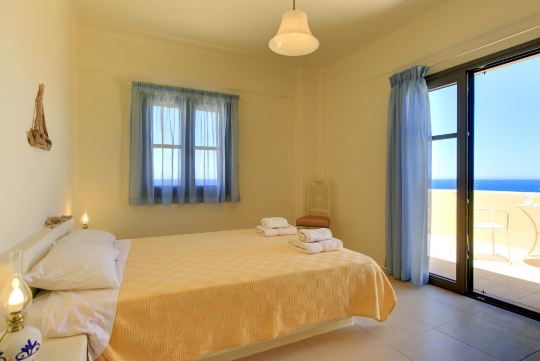 Villa Almira Crete Panormos Rethymno Crete Villas To Rent With