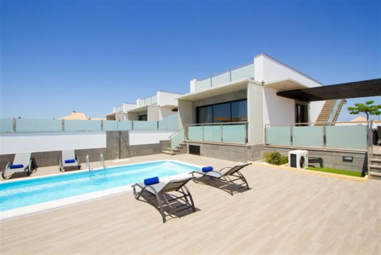 Villa dream dos corralejo fuerteventura rentals with for Villas fuerteventura