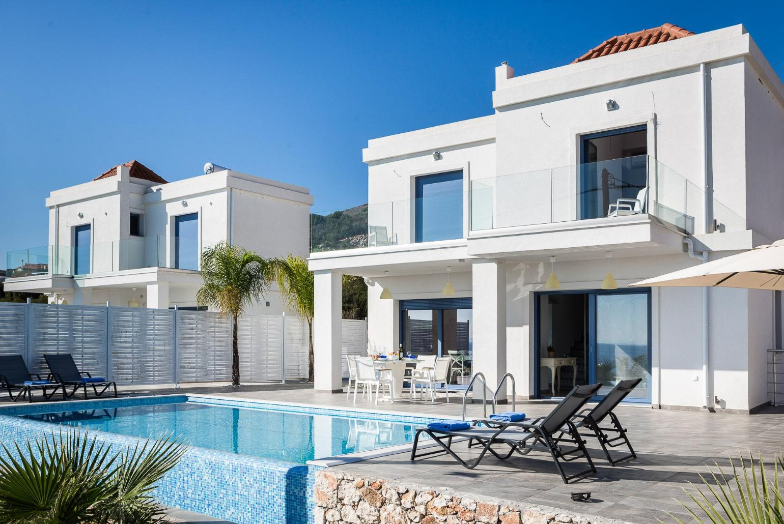 2e6303ef71268 Private infinity pool with panoramic views and terrace area 2 of 27